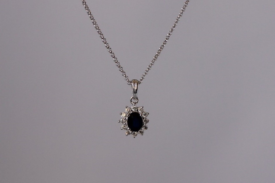 entouragehanger saffie diamant witgoud
