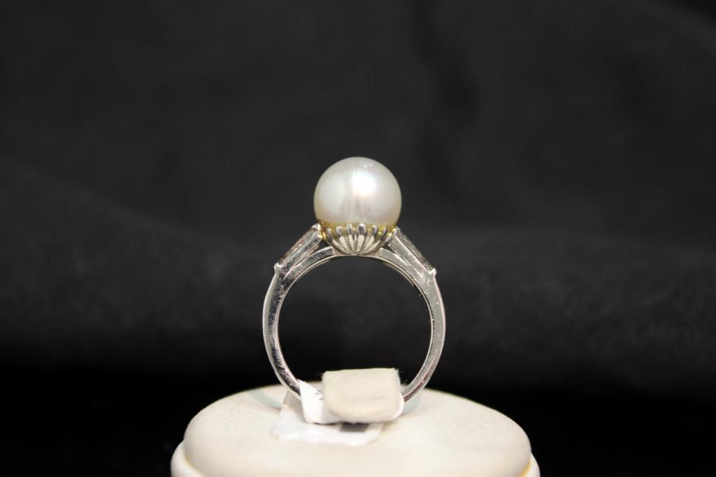 30330 Platina ring met diamant en parel 3
