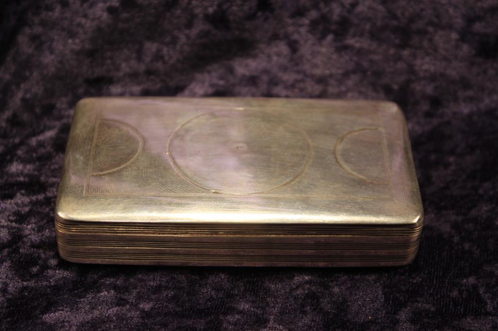 Zilveren Tabaksdoos 1