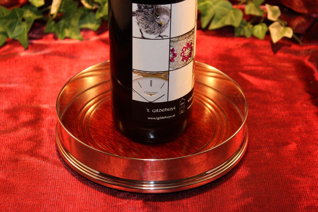 Zilveren wijn onderzetter 1